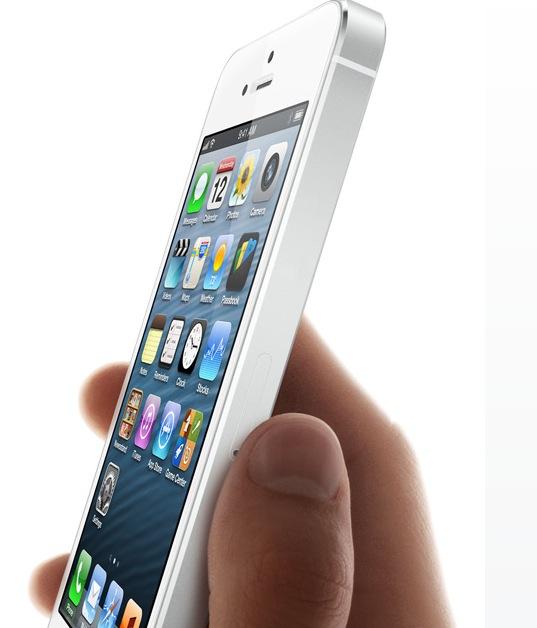 Dünner, leichter, dafür länger setzt das iPhone 5 neue Maßstäbe