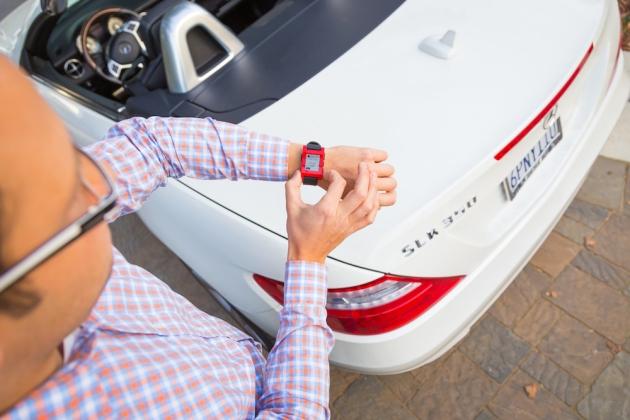 Autoinfos auf der Smartwatch? Warum eigentlich nicht.